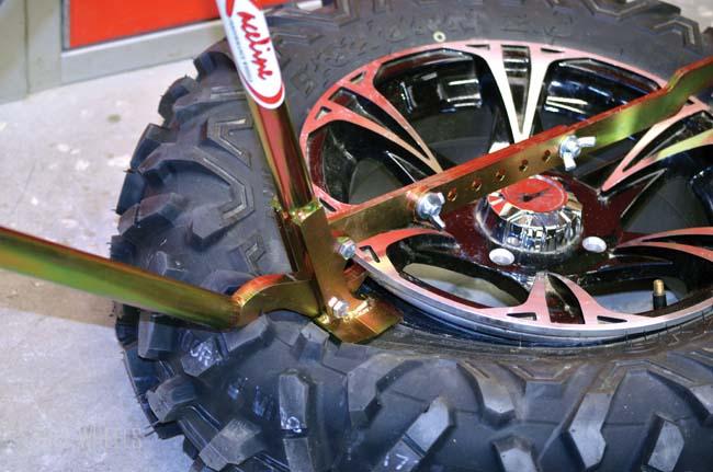 RACELINE BEAD BREAKER | Dirt Wheels Magazine