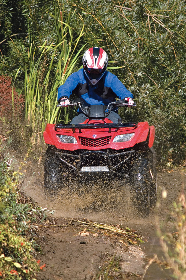 2018 suzuki king quad 400. simple suzuki suzukiu0027s kingquadstyle bodywork provides decent splash protection to the  rider when things get really nasty deep footwells and steel footpegs provide a  inside 2018 suzuki king quad 400