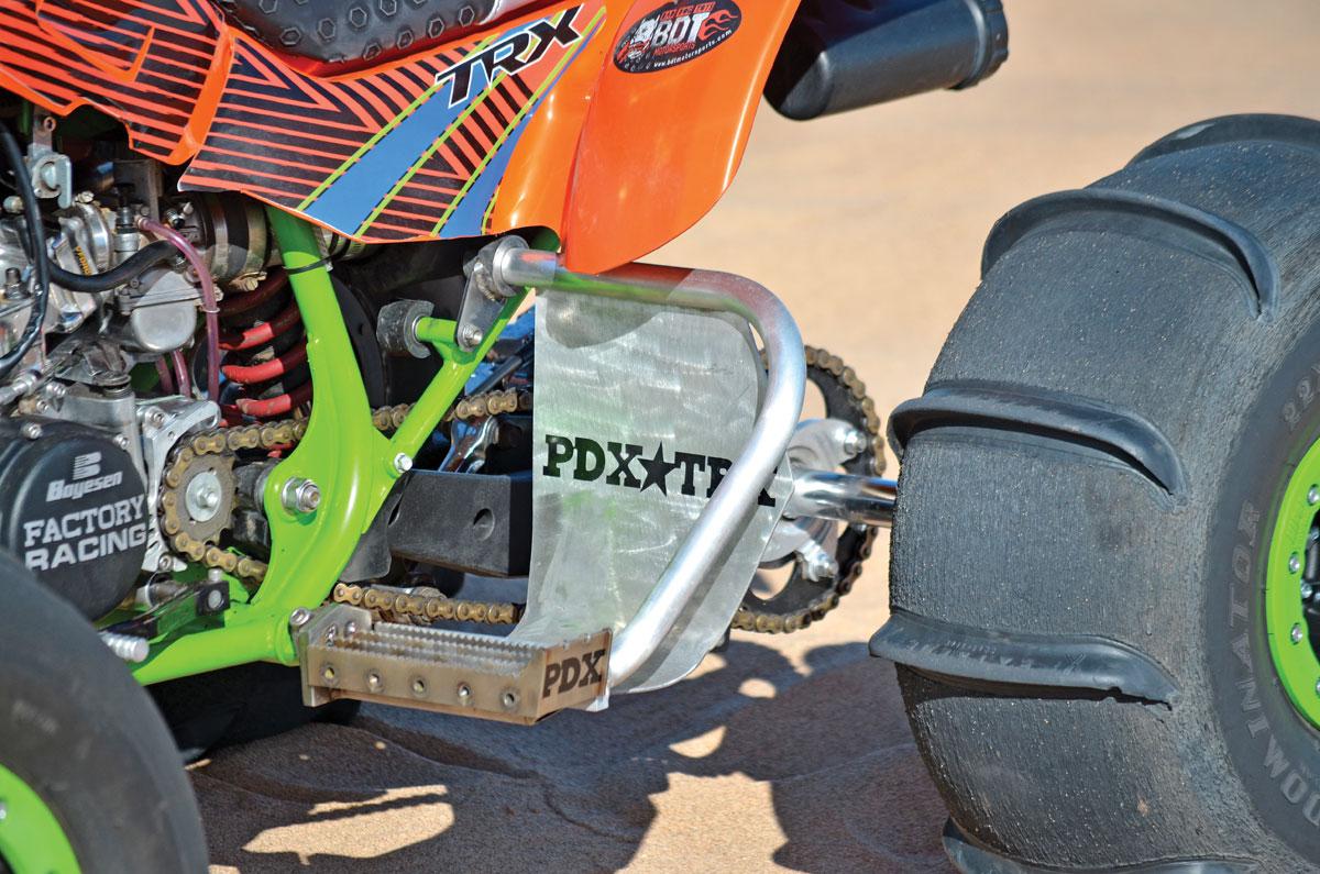 SHOOTOUT: Honda 250R vs Suzuki Quadzilla 500 | Dirt Wheels Magazine