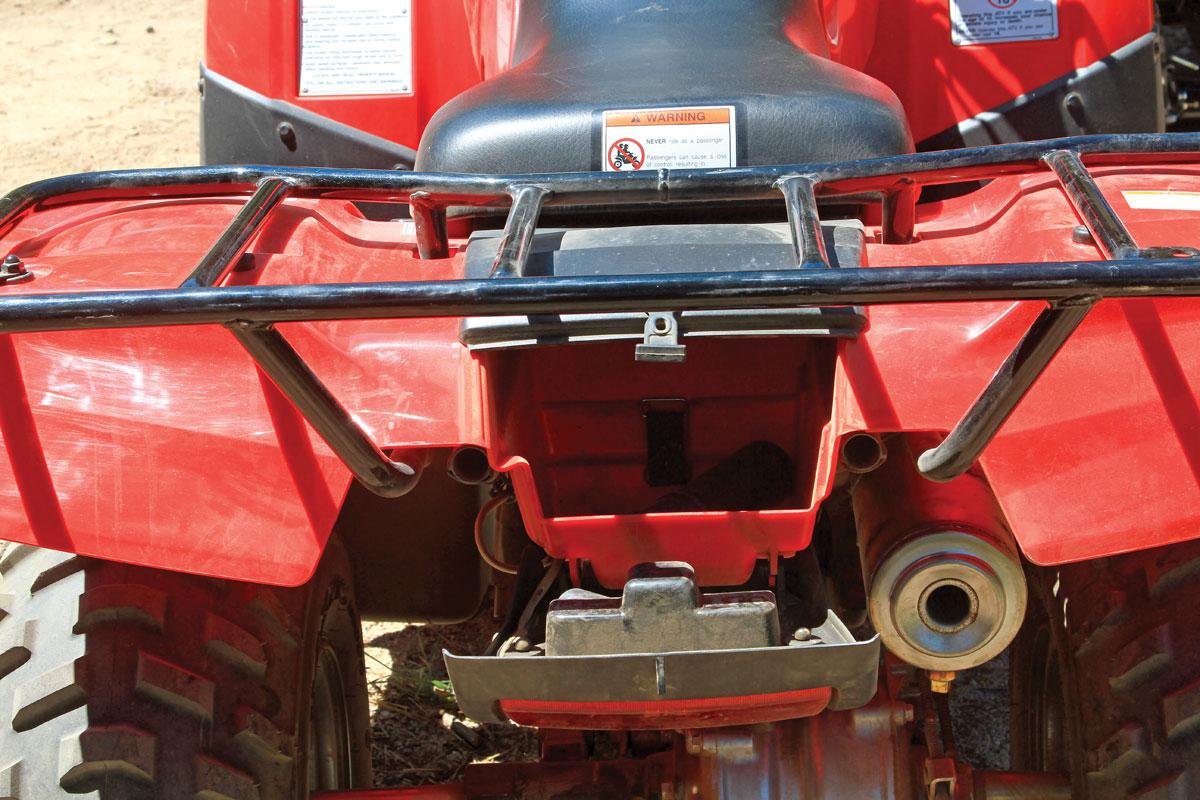 Honda Recon 250 vs  Kawasaki Brute Force 300 | Dirt Wheels Magazine