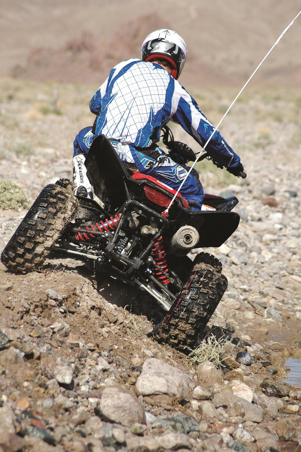 Shootout 2008 Raptor 700 Vs Honda 700x Dirt Wheels Magazine 08 Sport Trac Fuel Filter Hon700xx Nikon 260