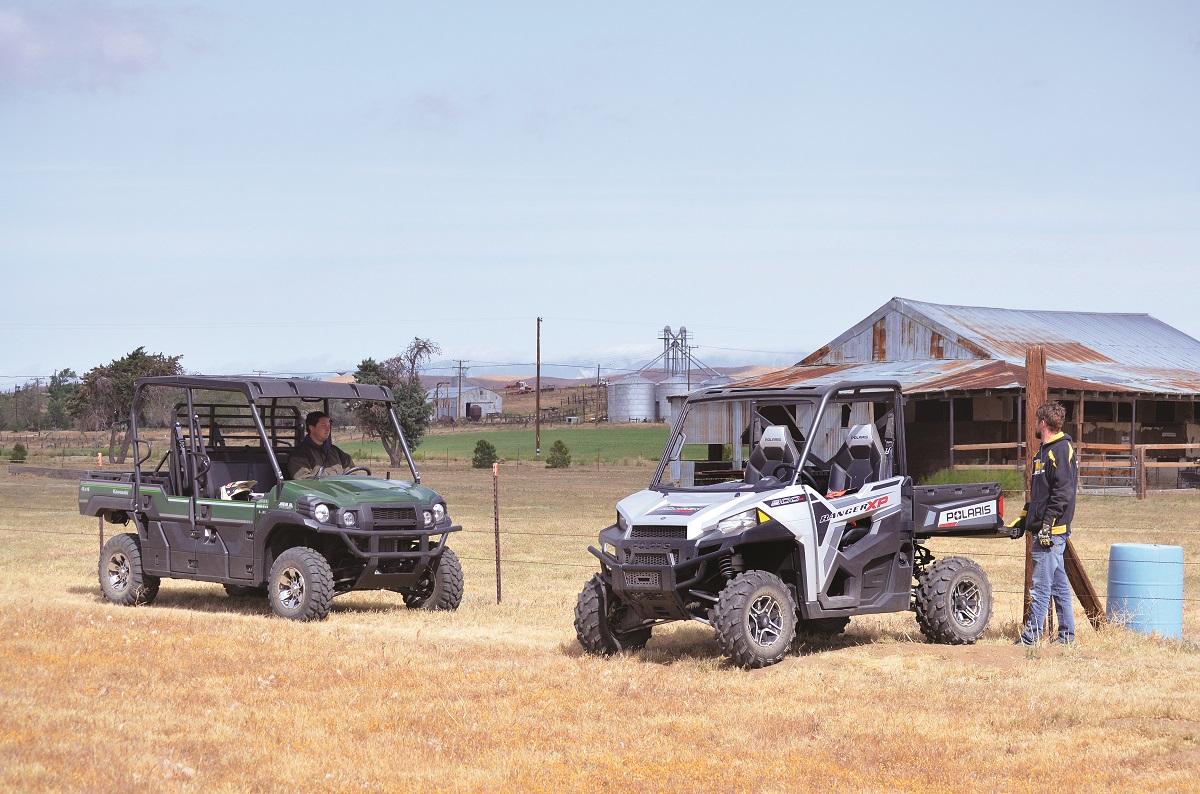 UTV SHOOTOUT: Kawasaki Mule PRO-FXT vs  Polaris Ranger XP 900 | Dirt