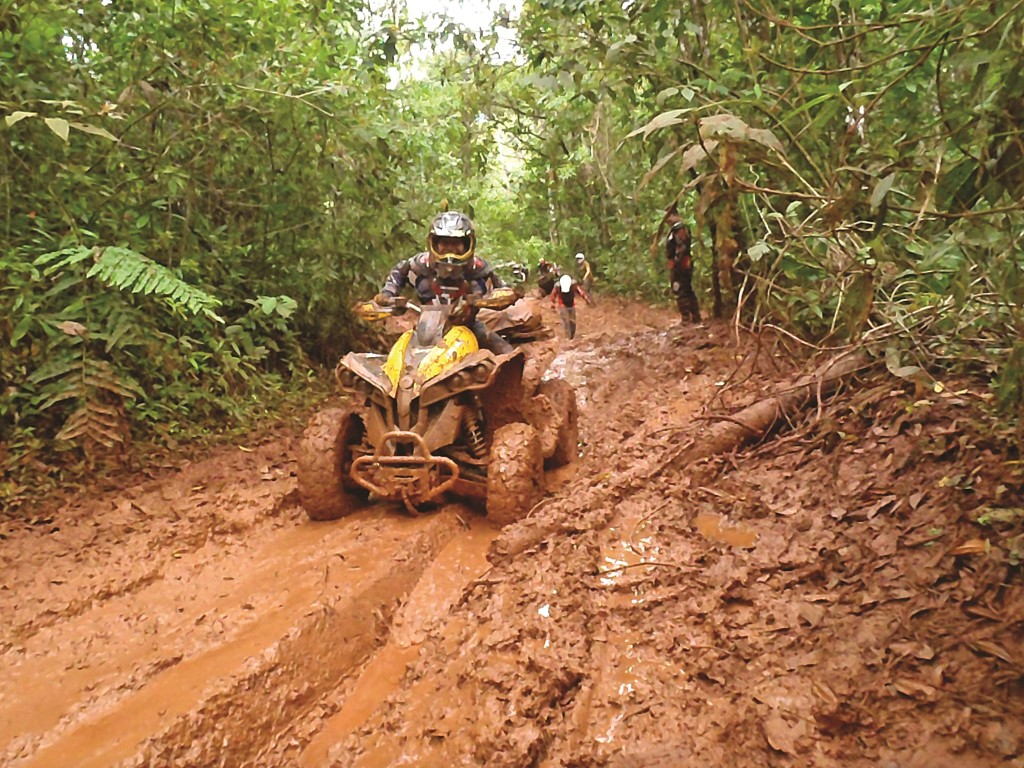 Every brand of 4x4 quad is represented in Costa Rica, including this Can-Am Renegade. There were also some Raptor 700s on this ride that made it through.