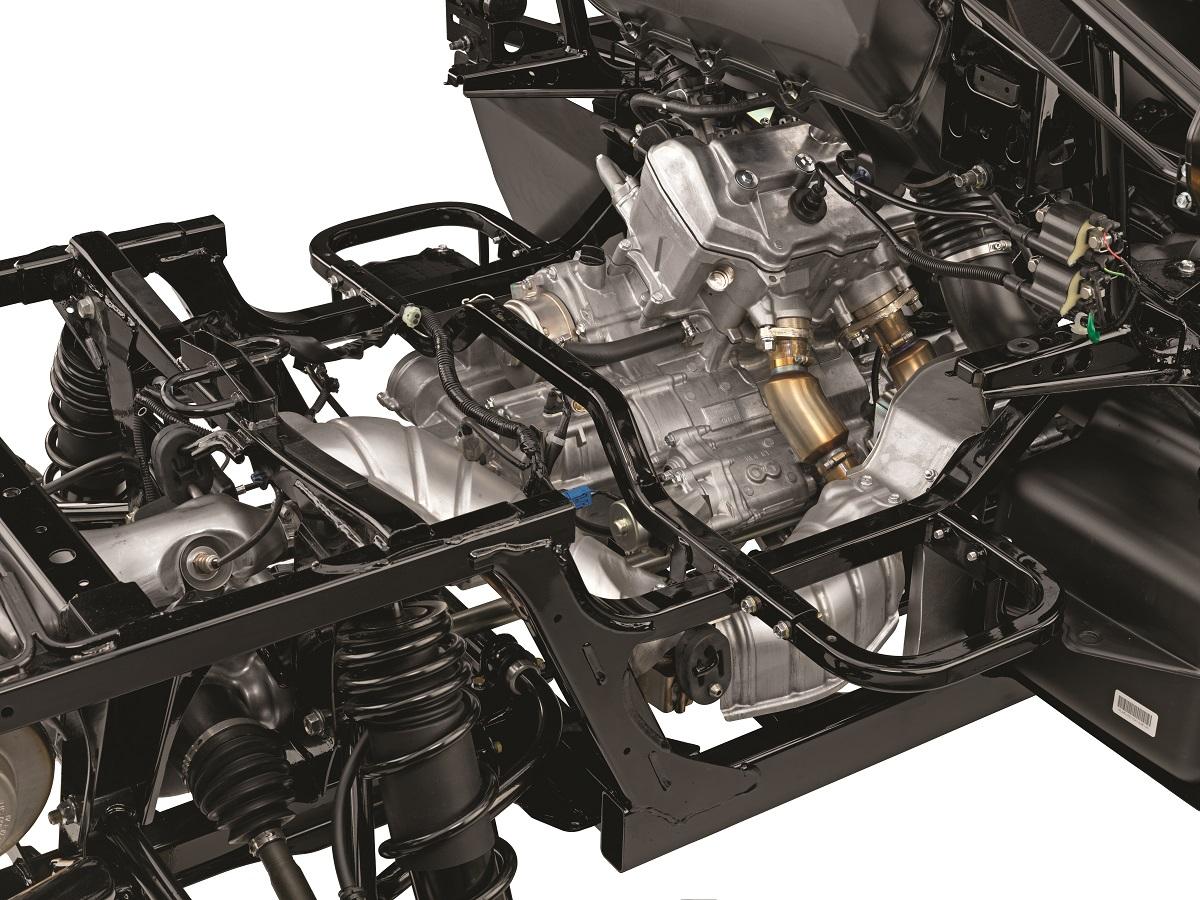 PIONEER1000_6_16_HL4_RR34_ENGINE_NAKED
