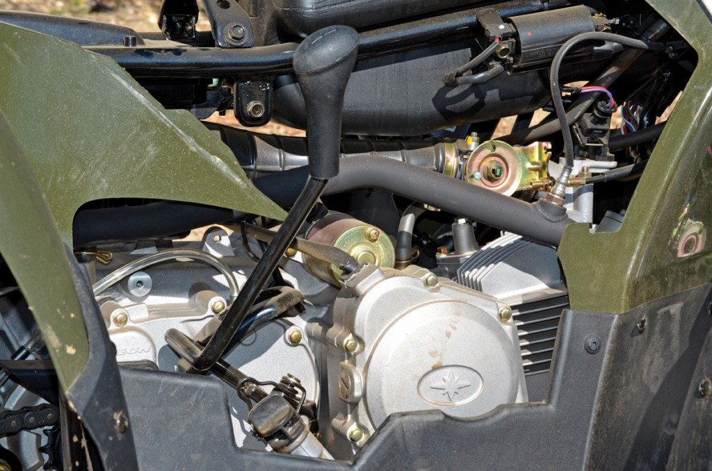 Very few minis have the ability to put the transmission into neutral. It makes warming up the machine and teaching kids how to ride easier. This is the only kid-sized engine offered with EFI and an exhaust O2 sensor to keep it running perfectly.
