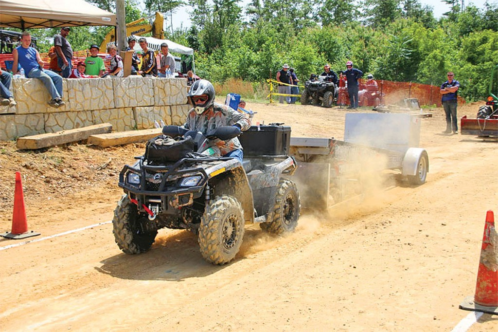 During the White Knuckle event in Huntsville, Tennessee, you have multiple events to attend, such as guided trail rides, drag races and a geo-cache hunt.