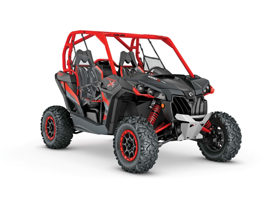 UTVBG_14_2016-Maverick-X-rs-1000R-TURBO-Carbon-Black---Can-Am-Red_3-4-front