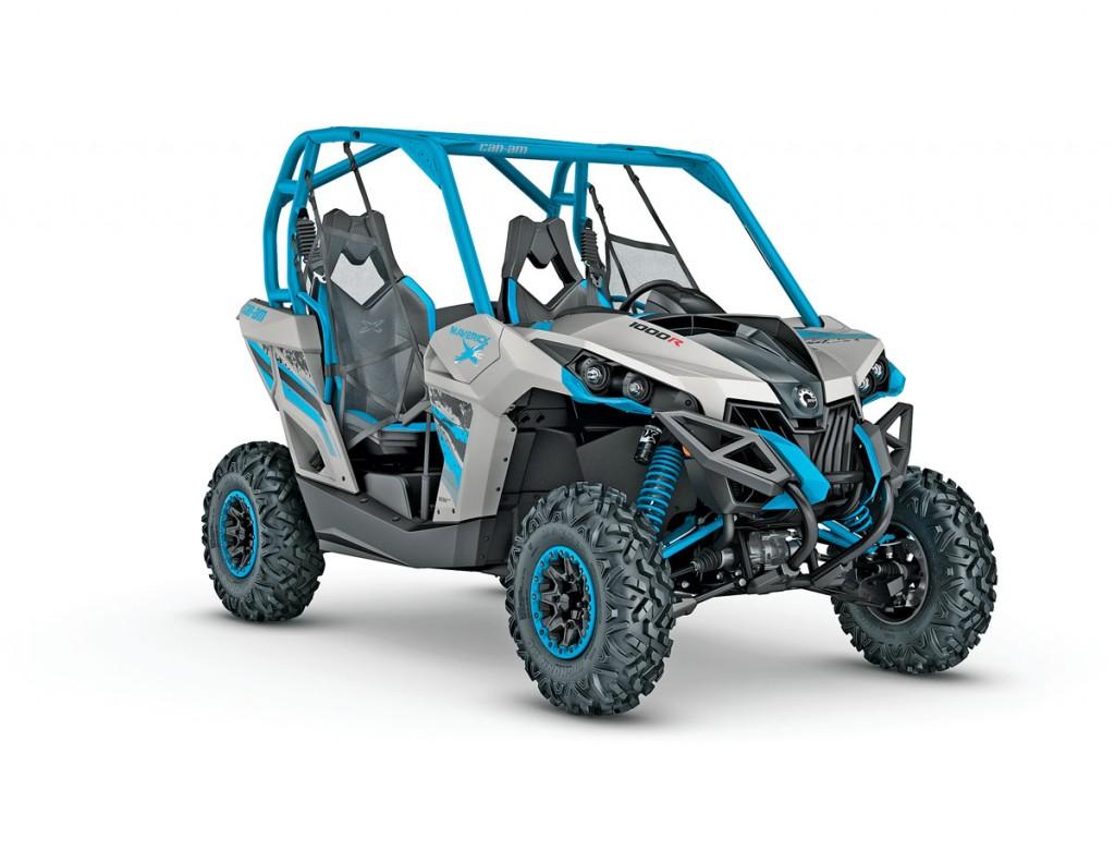 UTVBG_15_2016-Maverick-X-xc-1000R-Light-Grey---Octane-Blue_3-4-front