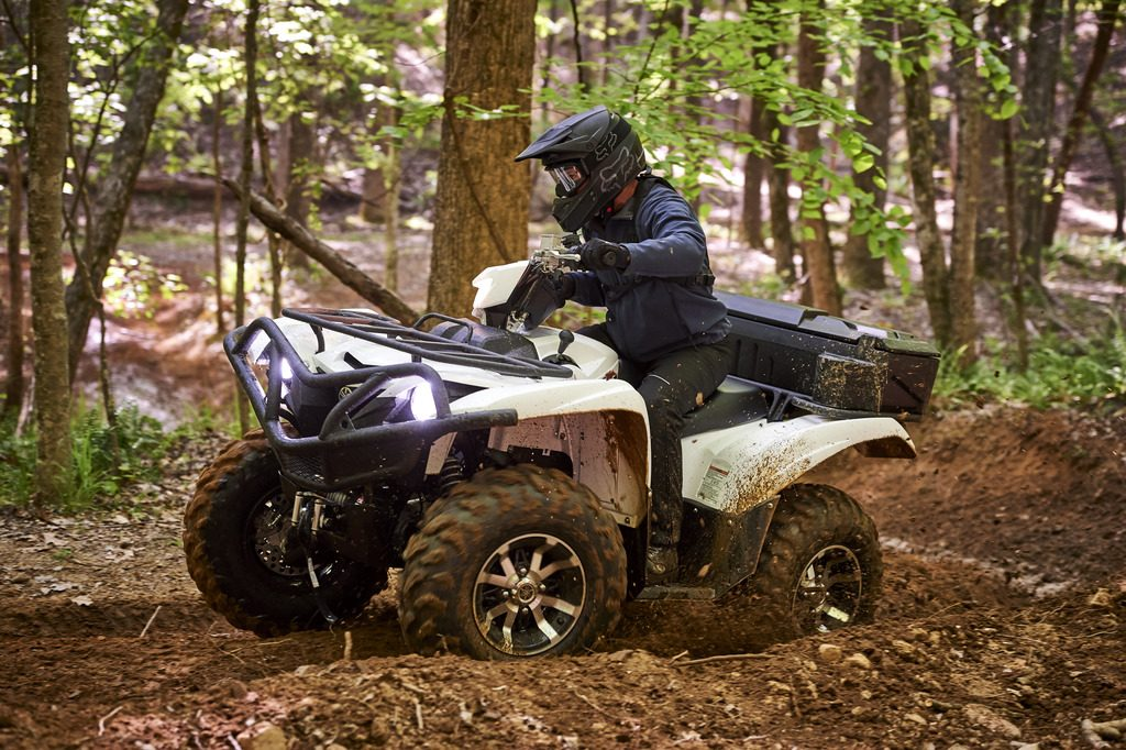 Road Rhino Bumper >> Getting to know the 2017 Yamaha Grizzly 700 | Dirt Wheels ...