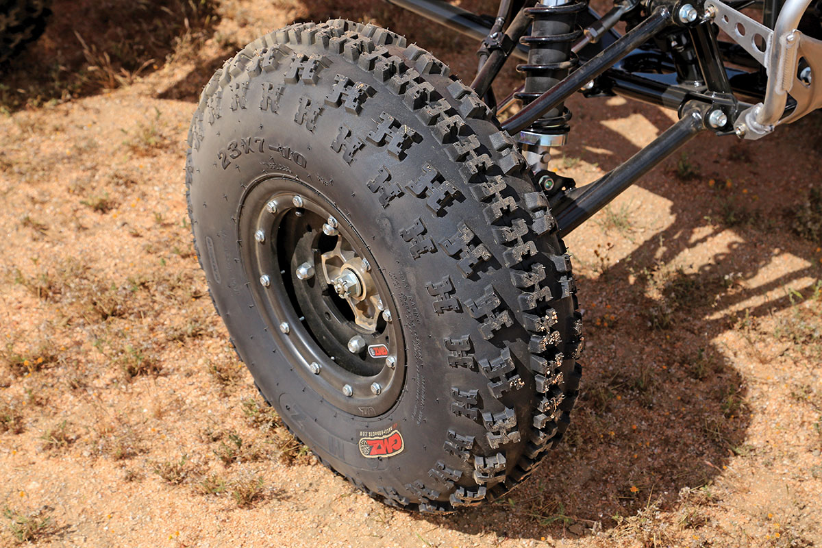 The front tires handle well in turns and have an aggressive bite that helps you steer your machine more accurately.