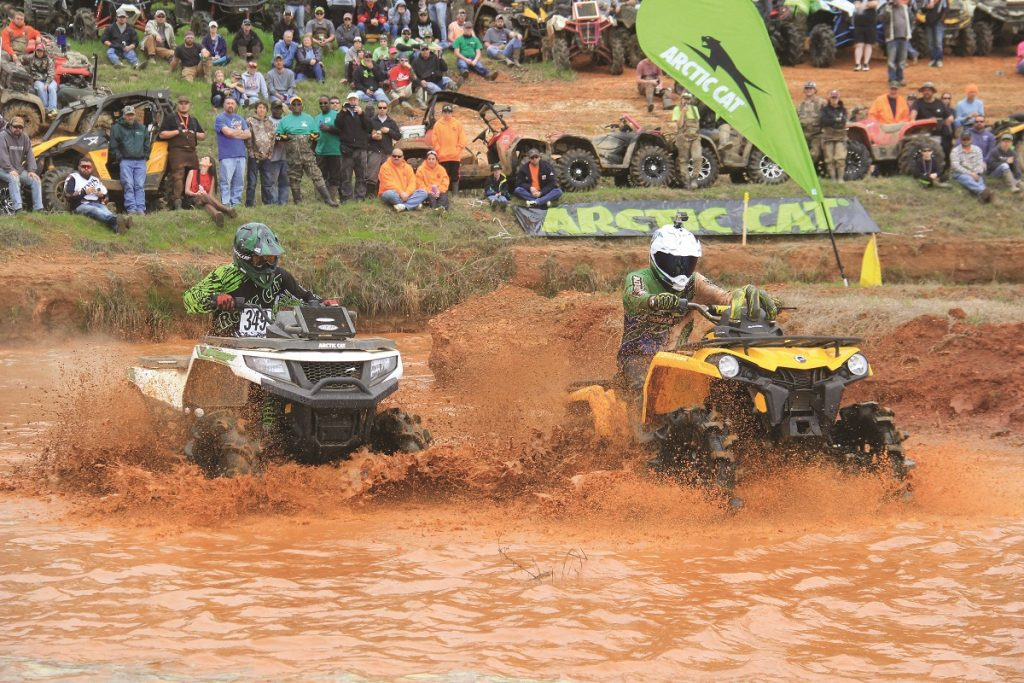 The Arctic Cat Mudda-Cross was a very popular race to watch at the High Lifter Mud Nationals. Hundreds of people crowded around to spectate.
