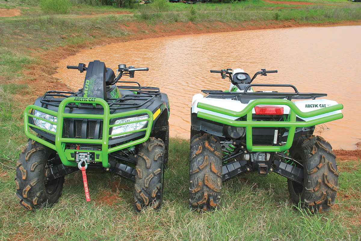 The front and rear suspension of the Arctic Cat 700 and 1000 are independent dual-A-arm-type suspension.