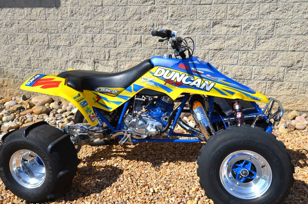 Duncan Racing _2017 SUZ LT500 Graphic Kit-right