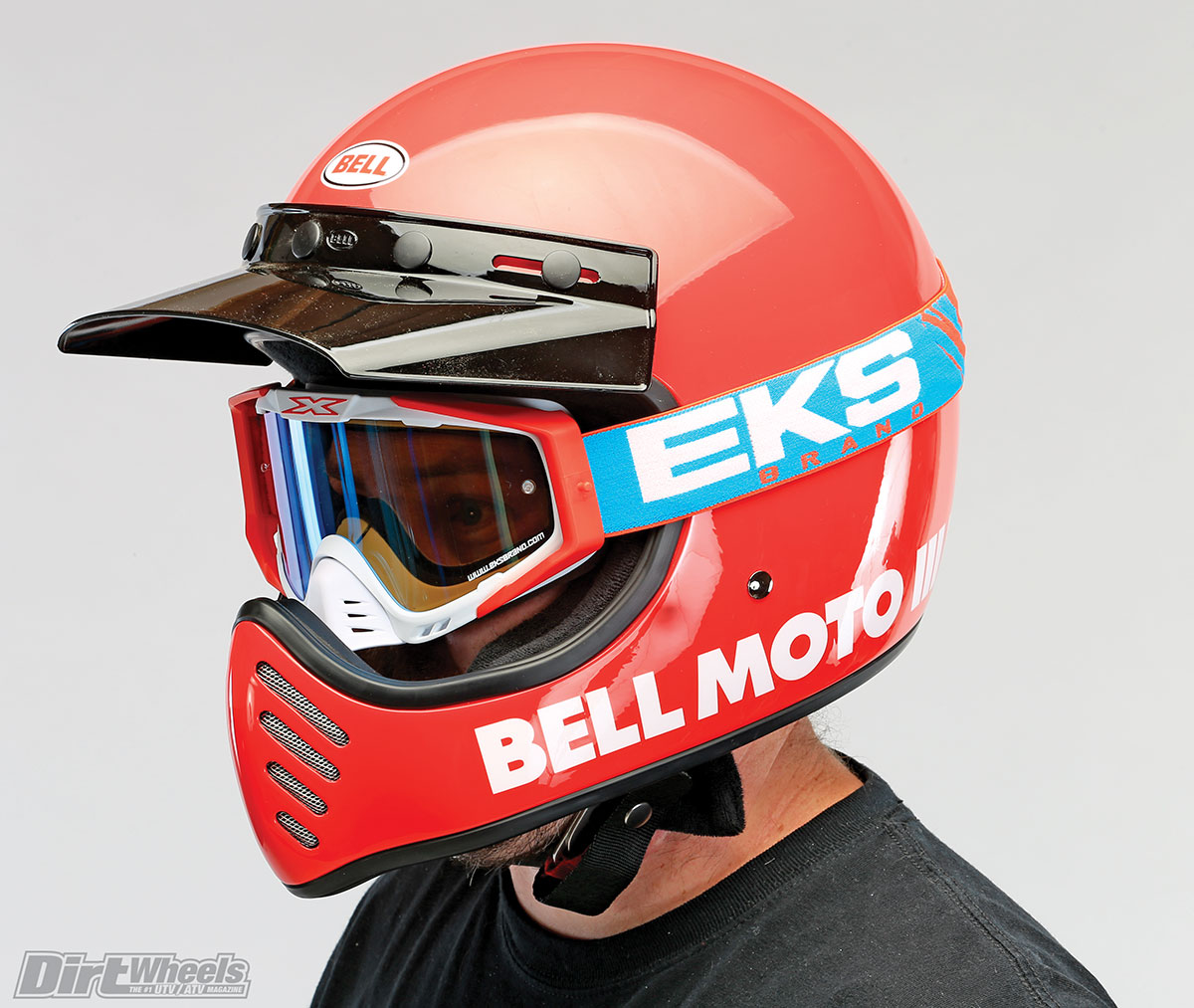 The Bell Moto 3 has made its triumphant return but with modern materials, which means better protection for the rider.
