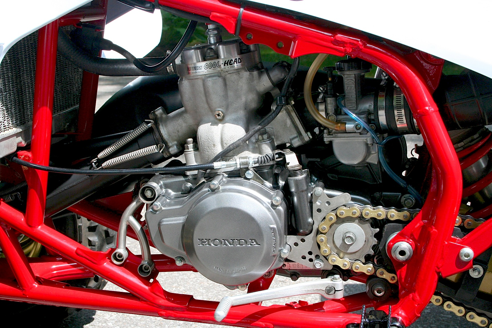 HONDA 250R MOTOR IN 450R FRAME | Dirt Wheels Magazine