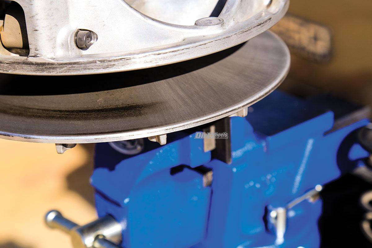 GBOOST CVT CLUTCH KIT INSTALL   Dirt Wheels Magazine