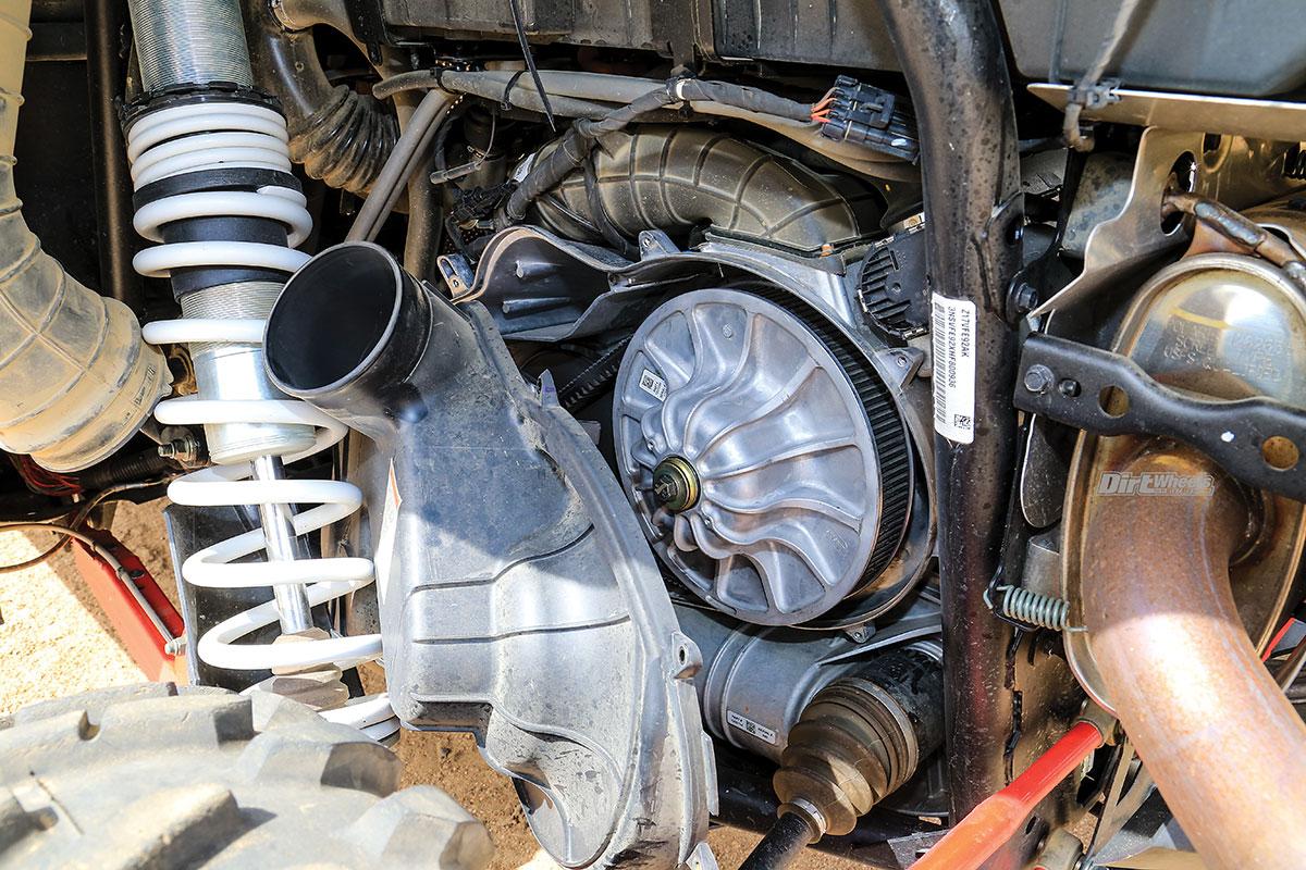GBOOST CVT CLUTCH KIT INSTALL | Dirt Wheels Magazine