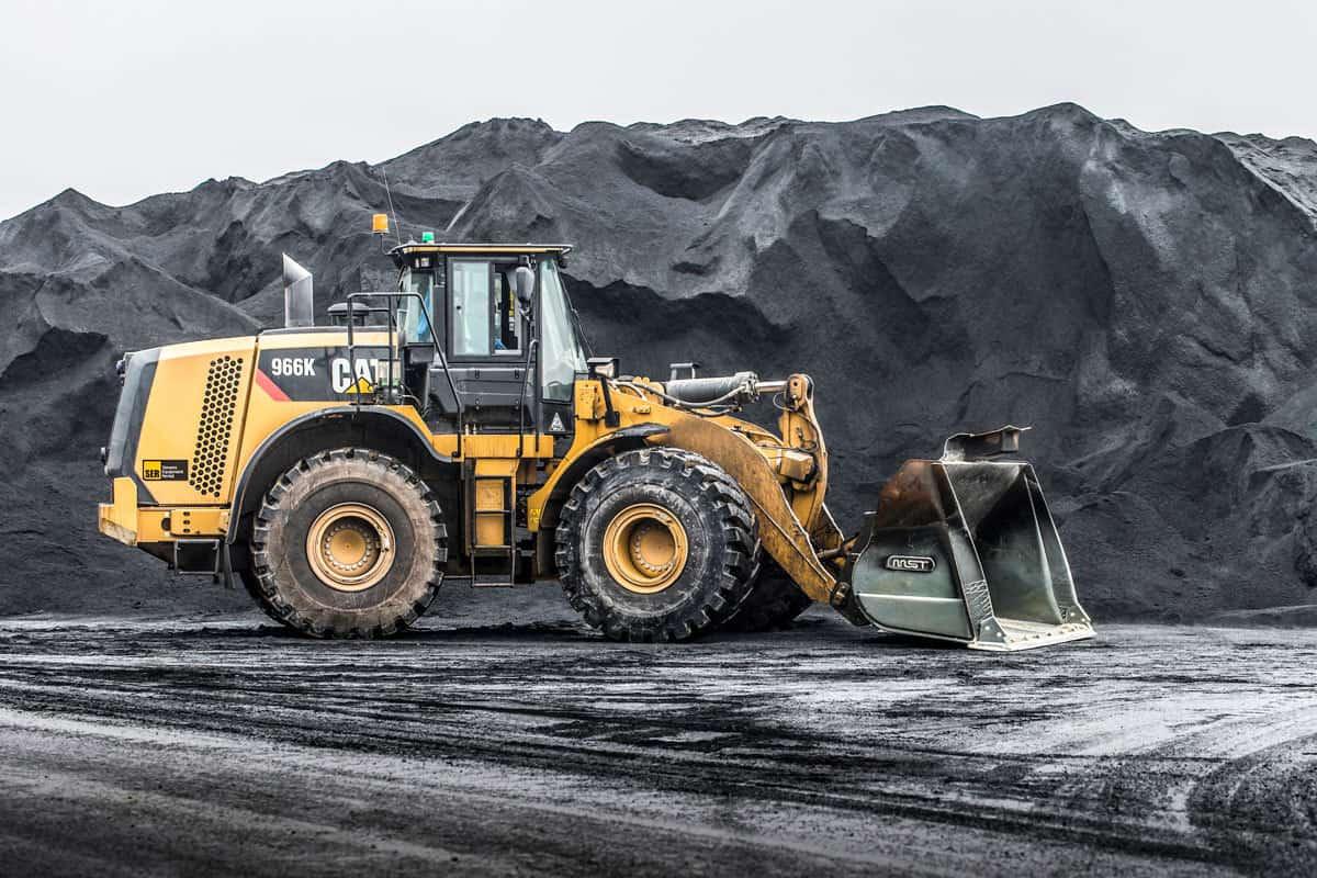 Cat Wheel Tractor : Caterpillar plans to enter utility vehicle market dirt