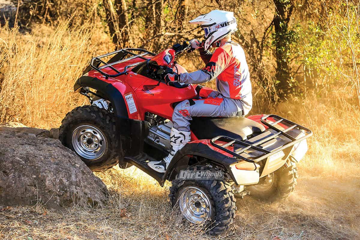 2018 HONDA RINCON 4x4 TEST | Dirt Wheels Magazine